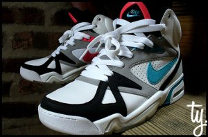 nike-holiday-2009-air-hoop-structure